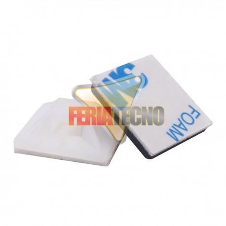 BASE PARA AMARRA PLASTICA 2X2 CMS. BLANCA (50 UNIDADES)